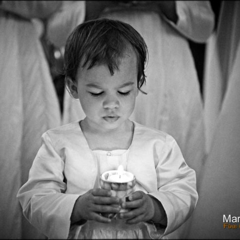 Portrait enfant dans l'église