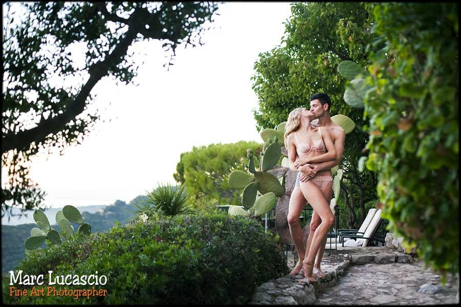 Couple amoureux shooting photo boudoir
