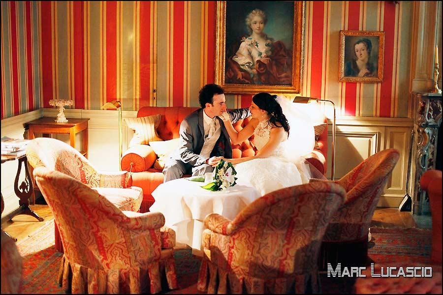 Couple de mariés à l'Hotel la Mirande.