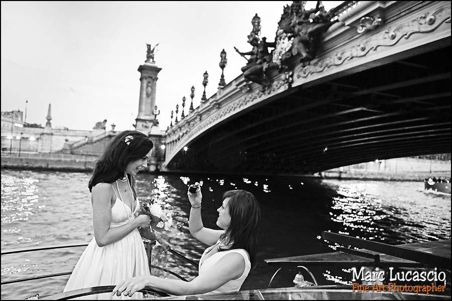 Photo mariage sous les ponts de Paris