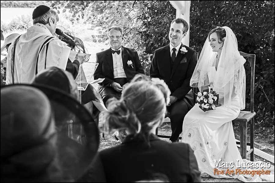 Gros plan mariage juif champêtre
