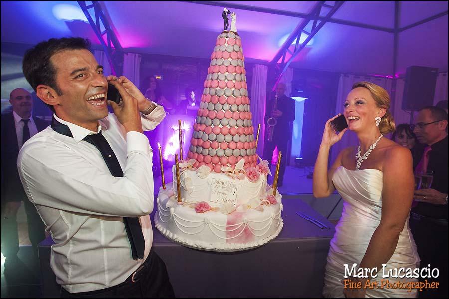 Le gâteau du mariage lors du repas du mariage juif