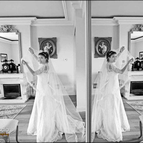 Photo de mariage artistique en noir et blanc